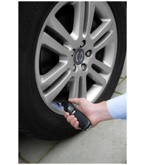 Manometro digitale per pneumatici con luce