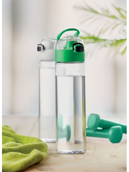 Borraccia in plastica PCTG 600 ml con blocco di sicurezza sul tappo