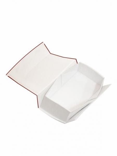 3_scatola-lusso-bianca-con-calamita-37x11x11-cm-stampa-digitale-su-3-lati.jpg