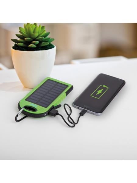 Powerbank 4000 mAh a ricarica solare