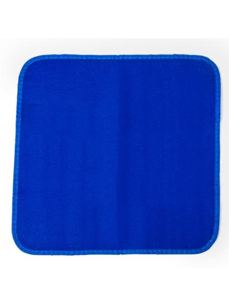 T_a_Tappetino-colorato-in-polietilene-Blu.jpg